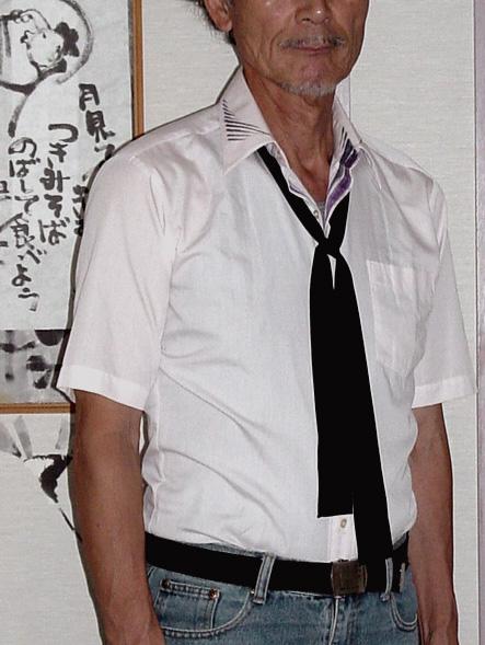 Kシャツ襟絵付け15w.jpg